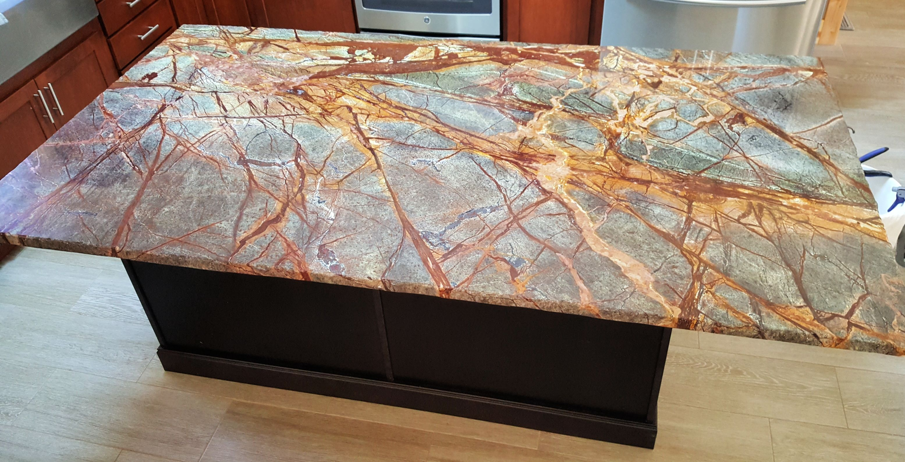 Crowe Custom Countertops In Atlanta Ga Has The Knowledge And Experience To Help You Achiev In 2020 Custom Countertops Granite Countertops Engineered Stone Countertops