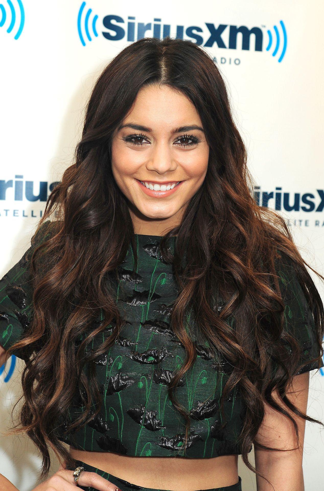Vanessa Hudgens Like The Hair But Not The Shirt Csc Pinterest