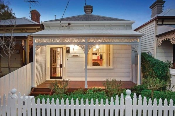 Double Fronter Or Two Storey Single Fronted Cottage Facade House Victorian Cottage Victorian Homes