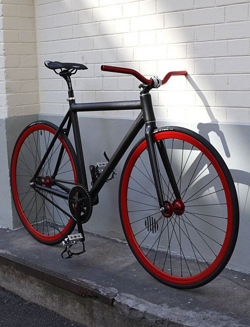 black red fixie bicycle bikes and cycling pinterest. Black Bedroom Furniture Sets. Home Design Ideas