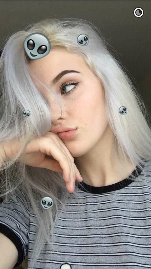 Lostgirl7  Idee Foto Instagram, Idee Selfie, Senza Tatuaggi-5933
