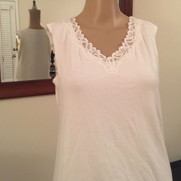 Lace neckline tank White tank with Lacey neckline White Stag Tops Tank Tops