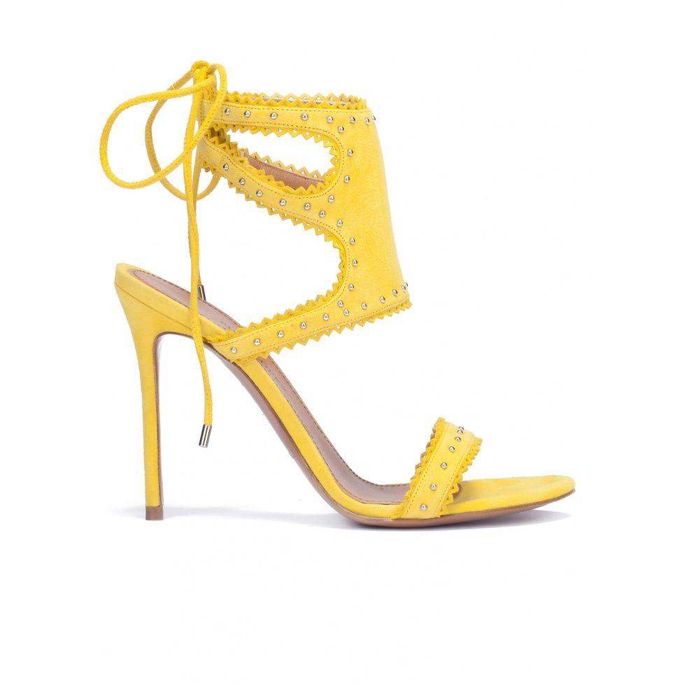 05fbc1e06f6 Sandalias amarillas de tacón en ante con cordones