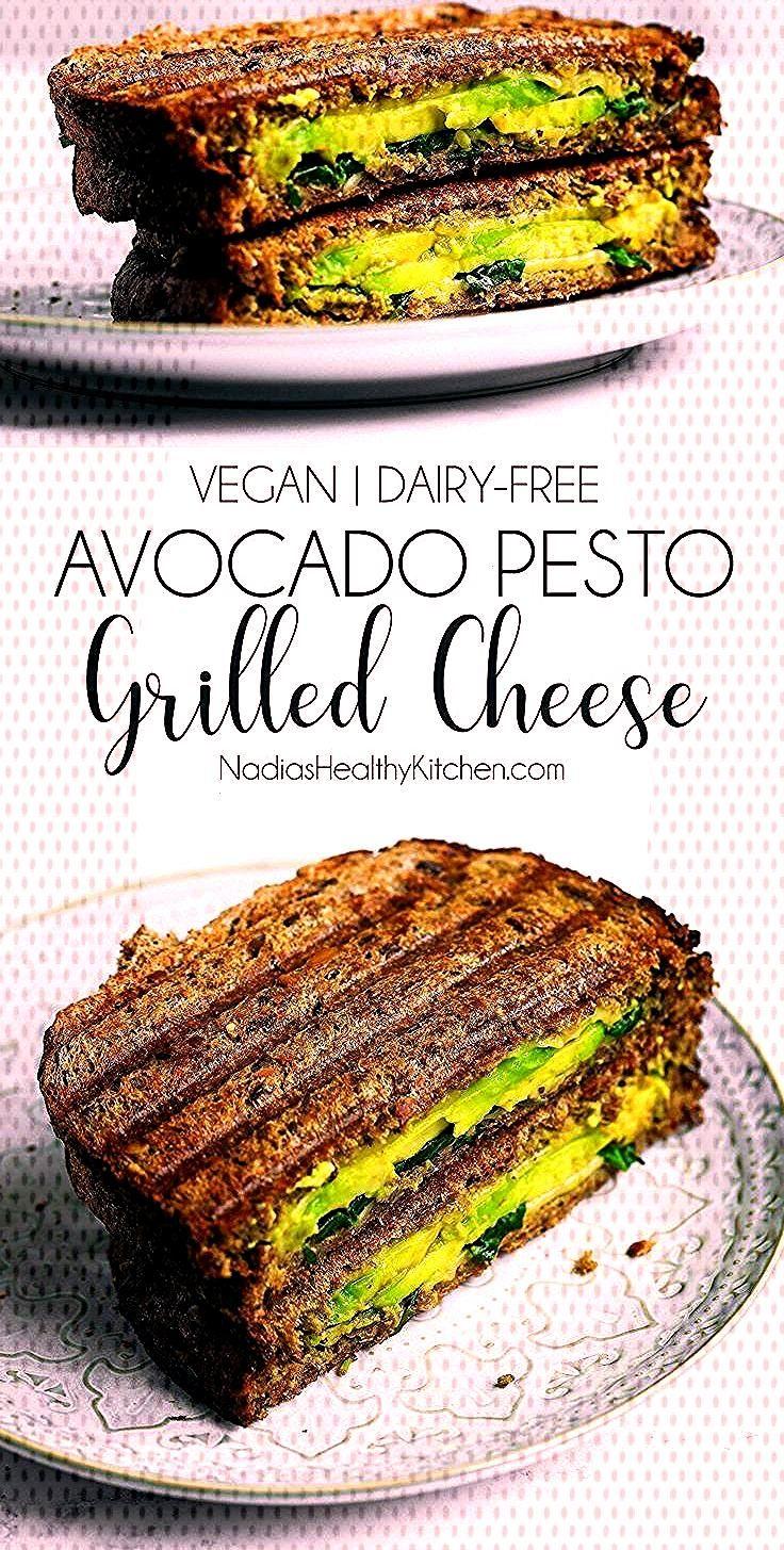 Gegrillter Käse der veganen Avocado Pesto ,