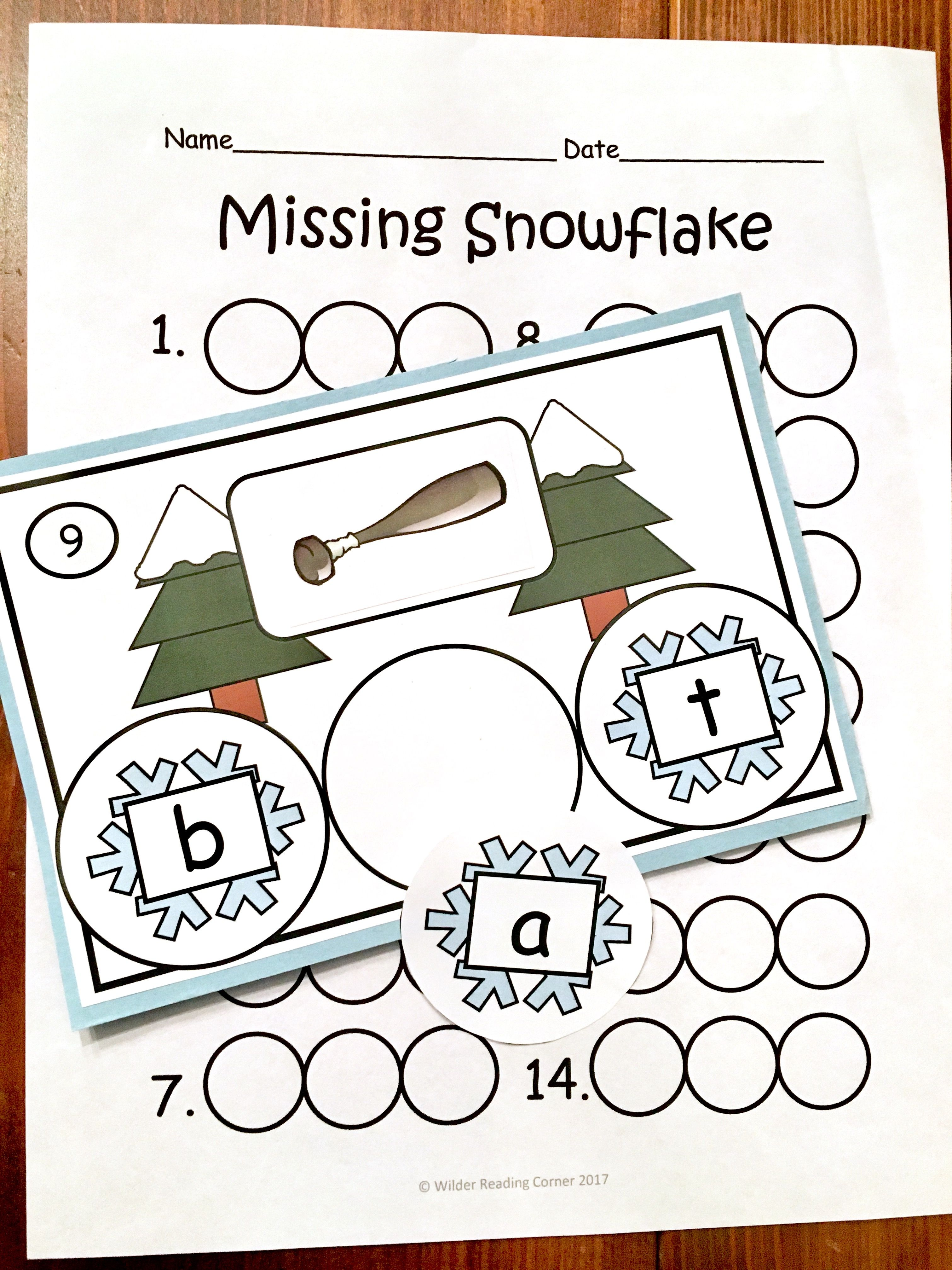 Winter Middle Sound Short Vowel Practice Missing Snowflake Literacy Center