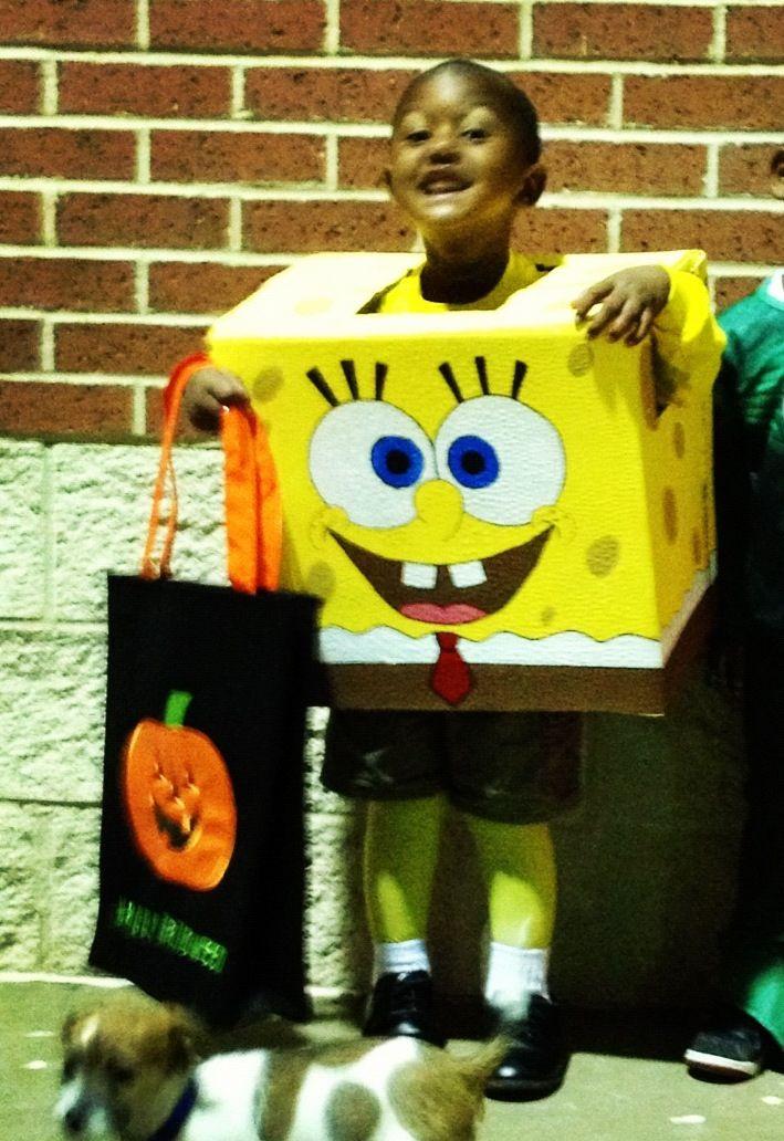 DIY spongebob Halloween costume!! Just a Cardboard box!! | Cool ...