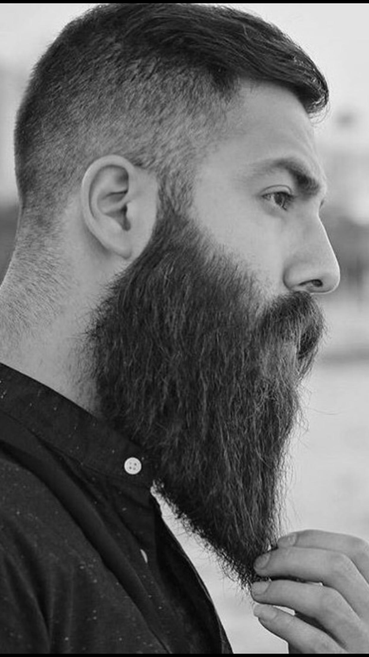 Rocking Long Beard Barba Hombre Estilos De Barba Estilos De Cabello Y Barba