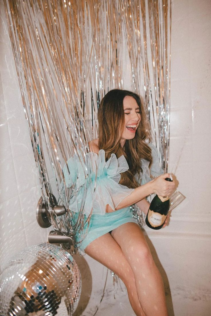 At Home Bathroom Photoshoot Ideas Madcrayy In 2020 Birthday Photoshoot Photoshoot Inspiration Photography Ideas At Home