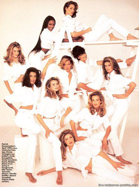 Yasmeen Ghauri, Claudia Schiffer, Niki Taylor, Naomi Campbell, Tatiana Patitz, Karen Mulder, Linda Evangelista, Cindy Crawford, Christy Turlington American Vogue April 1992