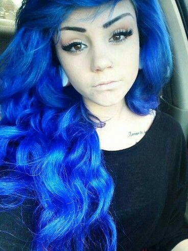 Winged Eyeliner + Blue Curly Hair
