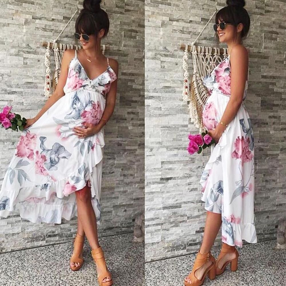 White Floral Cross Over Maternity Dress The Perfect Maternity Dress For Spring Or Summer Look St Maternity Clothes Maternity Dress Outfits Maternity Dresses