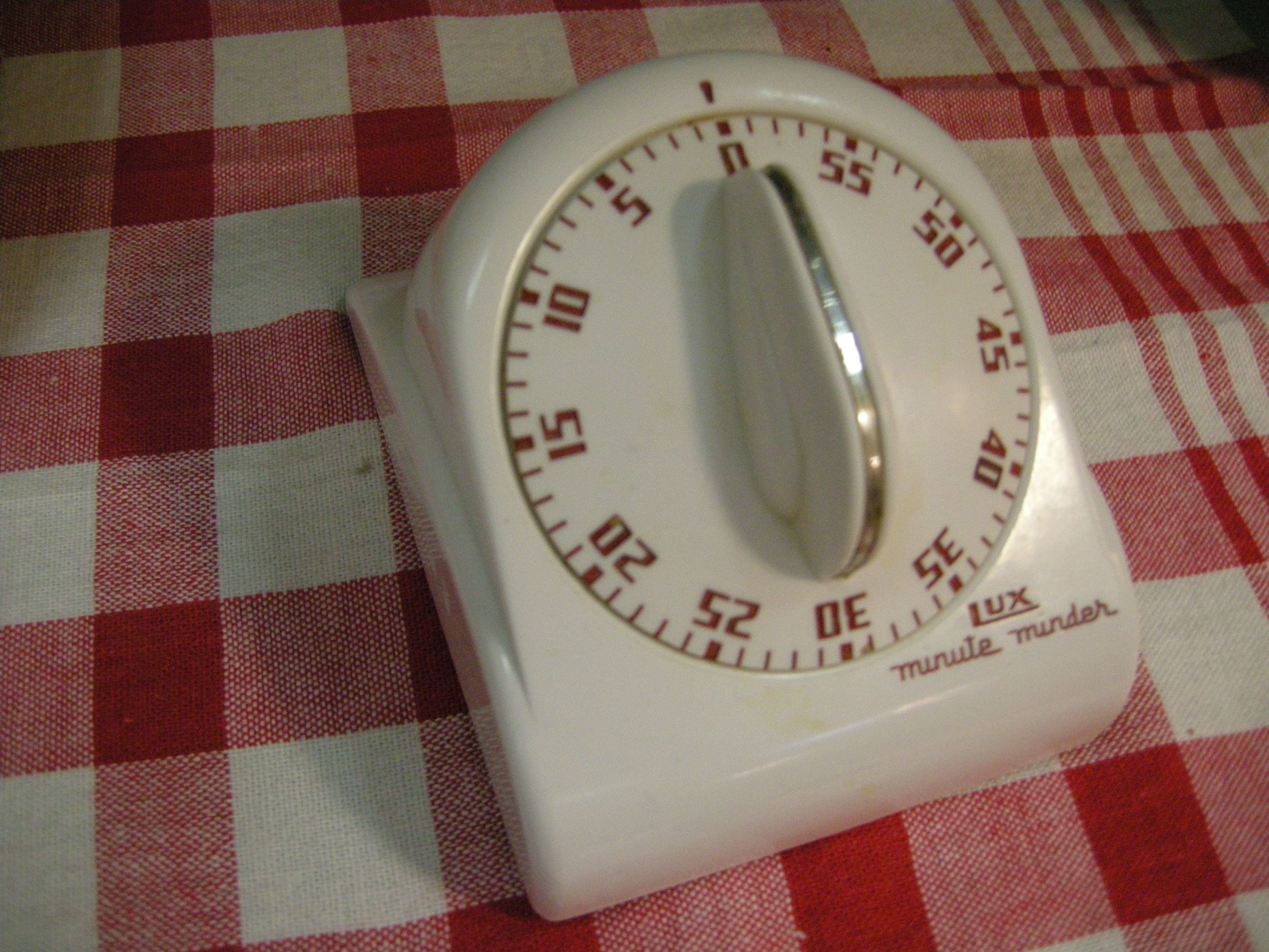 Vintage Lux kitchen timer, c1950s.