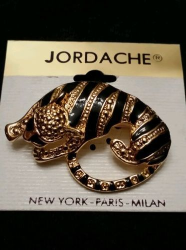 Vintage-gold-black-tone-tiger-brooch-Jordache