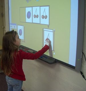 Really great Music class website I stumbled across.  She's got so many great ideas for decorating her music class that I'm so excited to try!