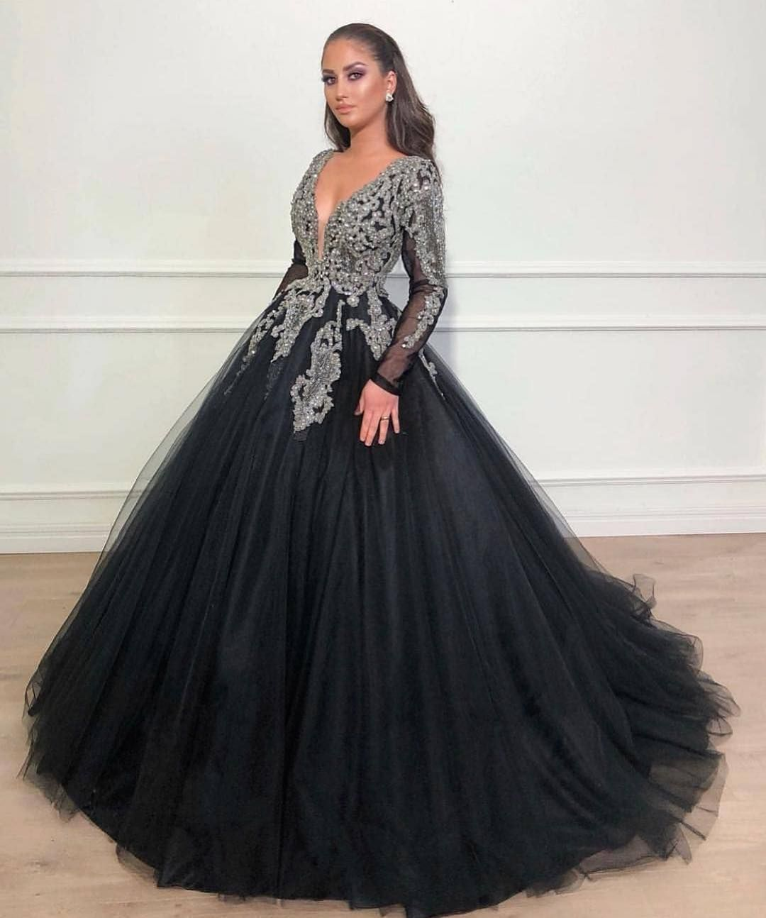 Custom Evening Dresses Couture Formal Ball Gowns Black Prom Dresses Long Sleeve Ball Gowns Black Ball Gown