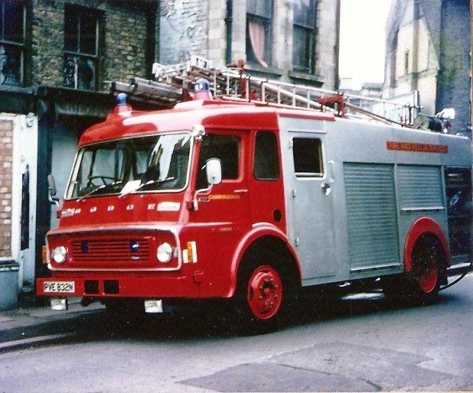 Dodge K850 Hcb A Wrl Cambridge Pve832n Fire Trucks
