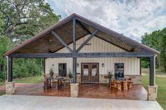 Beautiful Custom Barndominium Perfect For Aggie Sporting Events & Getaways! - Caldwell