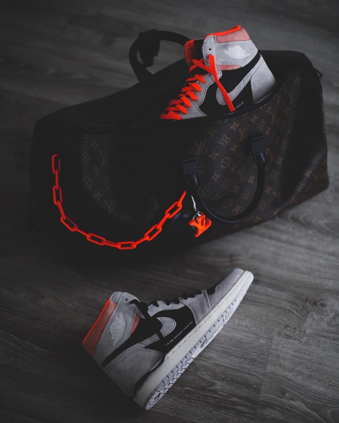 Mit orangen schnürsenkeln | Hype shoes, Jordan shoes girls
