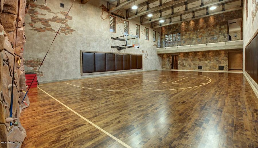 20 of the most amazing home basketball courts climbing for Home indoor basketball court cost