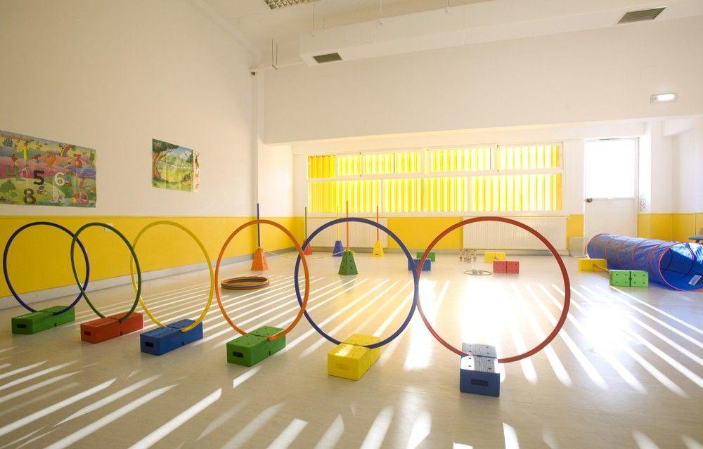 Gallery of nursery school in dos hermanas carmen s nchez for Oficina de treball blanes