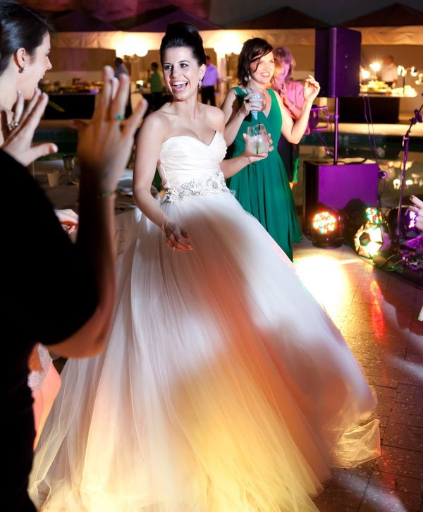 Everyone knows that wedding entertainment can make or break the