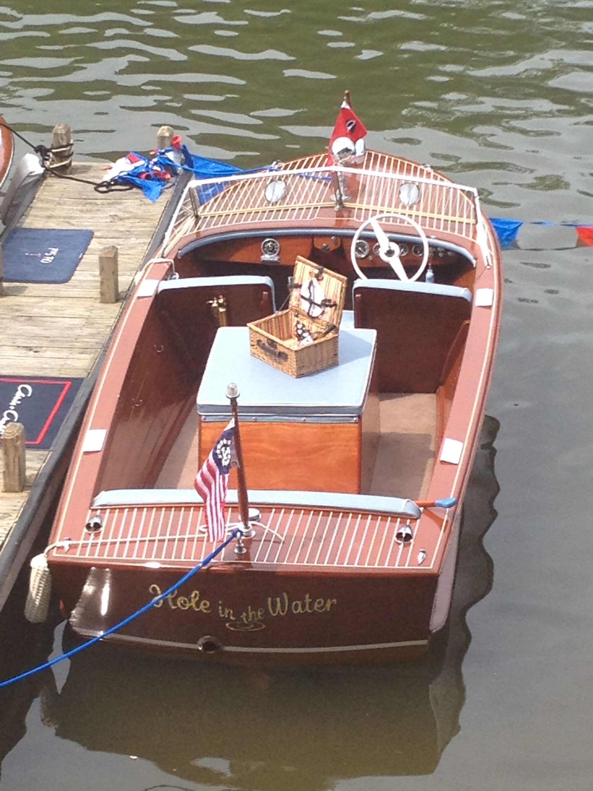 1954 19 Chris Craft Holiday Hole In The Water At The Rdc Triangle