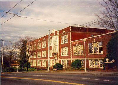 Garfield High School Seattle Washington 1988 Bing Images Garfield High School High School House Styles