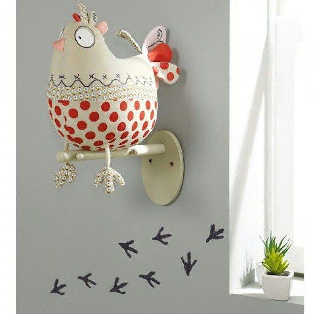 Креативный декор стены в детской