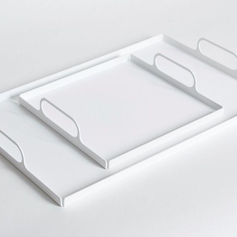 Pin By Amy Bond Glass Modern Colo On D I S P L A Y Metal Tray Decor