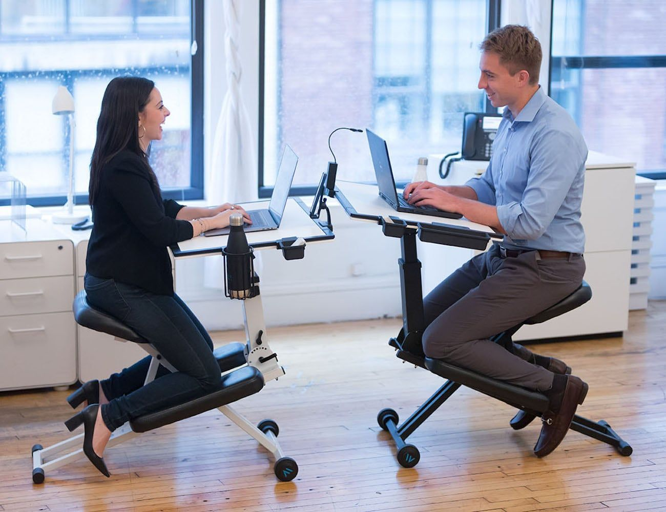 The Edge Desk 2 0 Adjustable Ergonomic Desk Office Gadgets