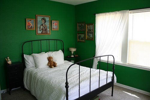I did a bedroom like this a few years ago came out Green and black bedroom