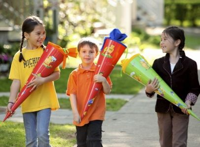 German School Tradition in USA: The Kinder Cone...for the first day of school entering the first grade