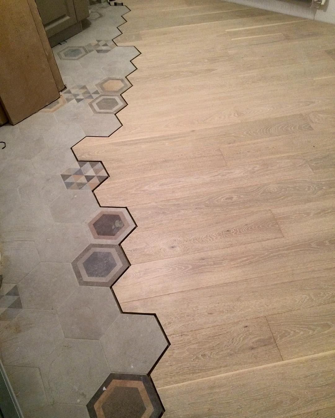 19 Flooring Transitions From Wood To Tile Idee Salle De Bain