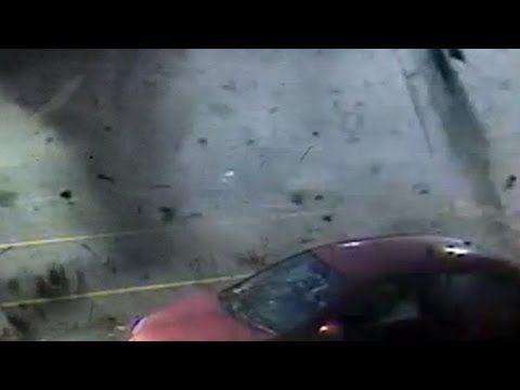 IMPACTANTE Tornado arrasa con las personas: Imágenes reales tornado http://goo.gl/9eEz3i
