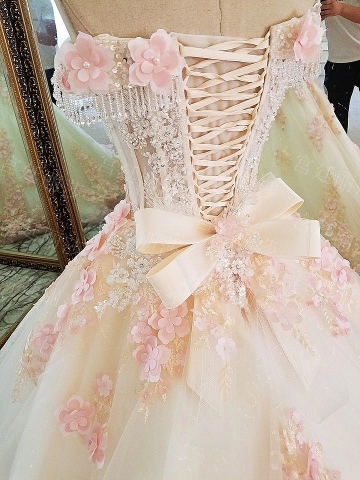 Pin by Blanca on Vintage Dress/vestidos antiguos | Pinterest ...