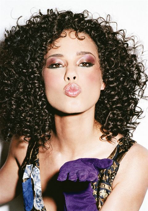 Alicia Keys Looks So Good With Her Hair Curly Hair Beauty Natural Hair Styles Curly Hair Styles
