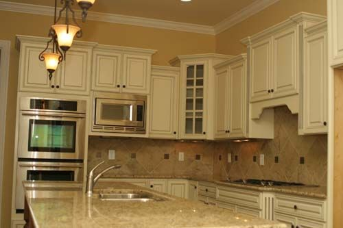 Online Cabinets Direct Provides A Wide Range Of High Quality Rta French Vanilla Kitchen Cabinets And French Vanilla Deluxe Raised Panels At The Lowest