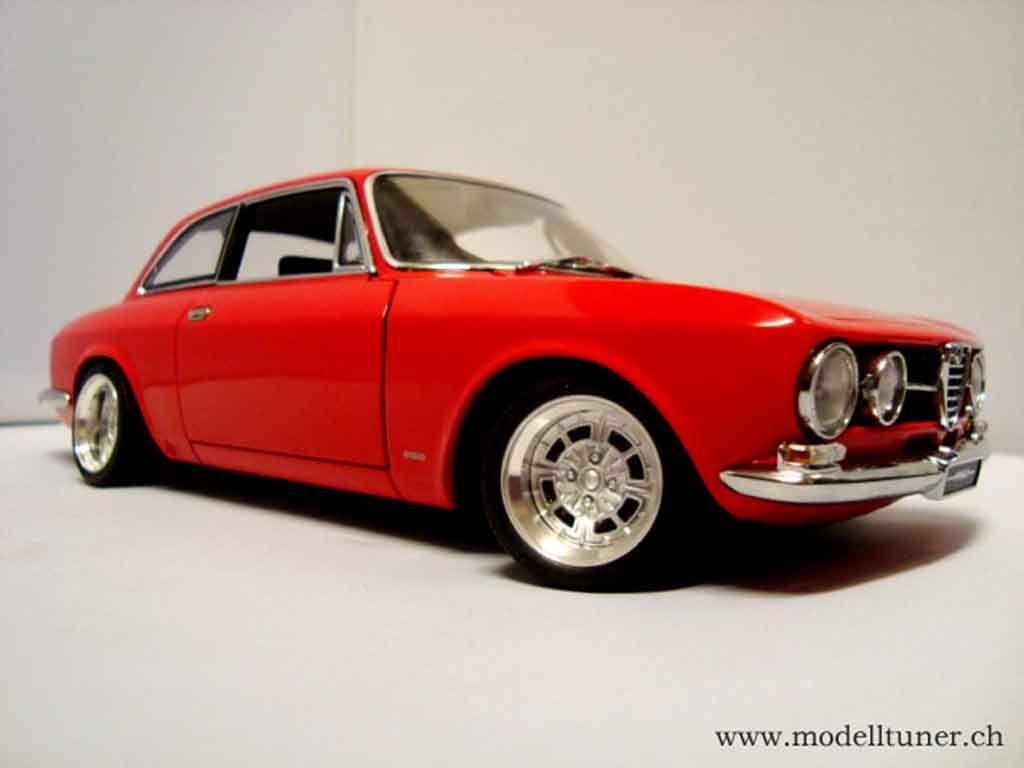 Alfa romeo 1750 gtv car classics - Alfa Romeo 1750 Gtv 1967 Red Wheels Alu 13 Inches Autoart Diecast Model Car 1