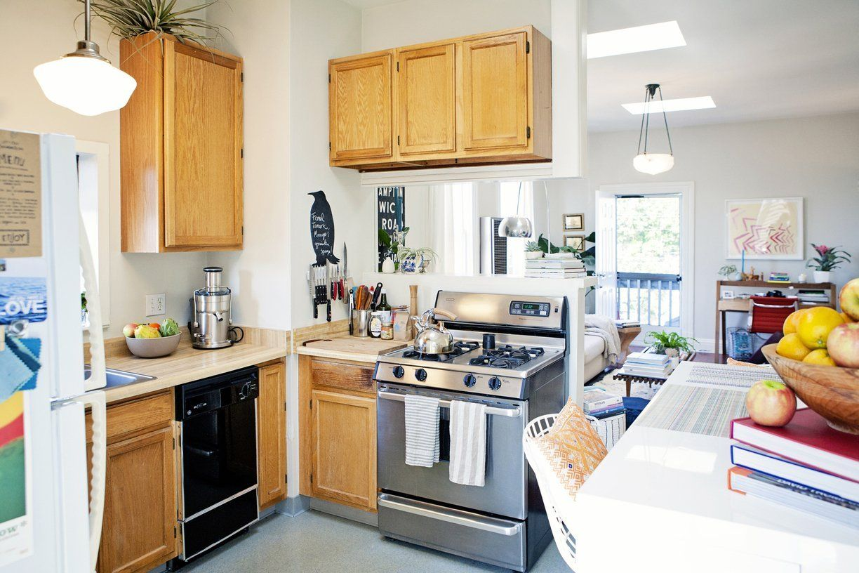 Alison S Eclectic Mix In A Cozy San Francisco Apartment Kitchen Dinning Room Apartment Kitchen Home Kitchens