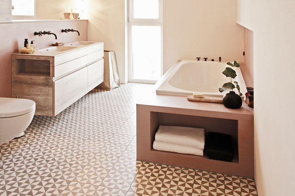 De mooiste roze badkamer! badkamer inrichting badkamer en roze