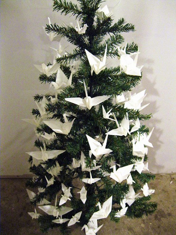 Origami Christmas trees - ornaments with paper folding | Origami christmas  tree, Origami christmas ornament, Christmas origami | 760x570
