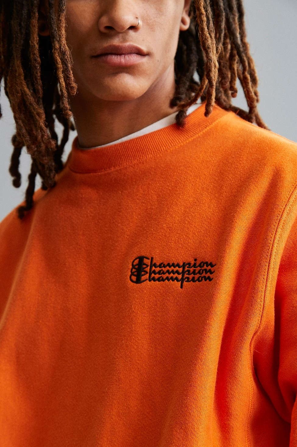 1b01d87c4 Champion Reverse Weave Fleece Crew Neck Sweatshirt - Urban Outfitters