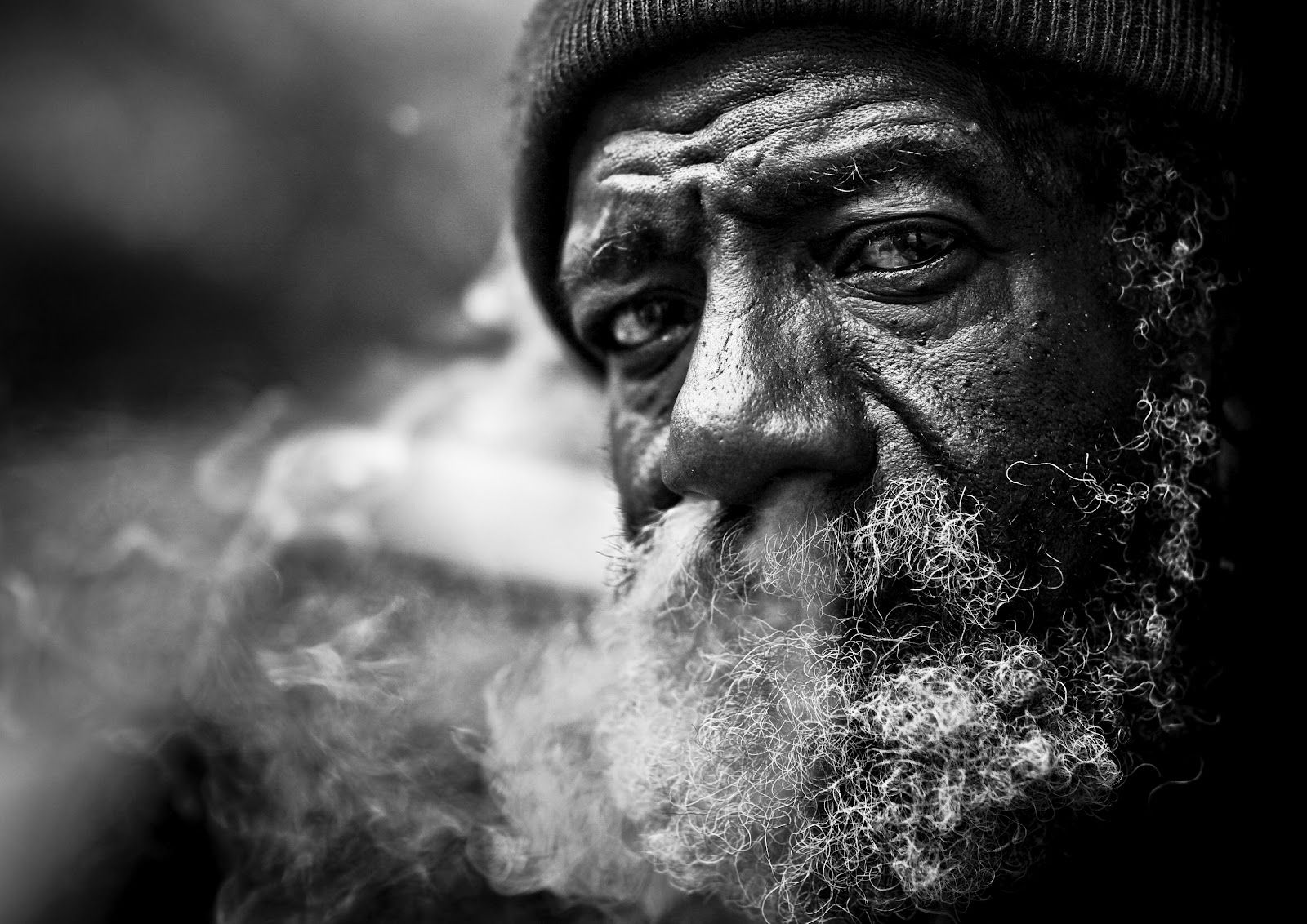 Haunting black and white portraits of homeless people by lee