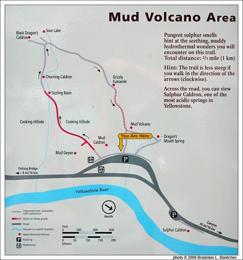 Photo Travel Usa Wyoming Yellowstone Mud Volcano Area