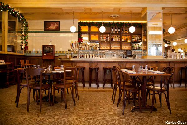 Parc Stephen Starr S Duskily Lit Homage To The Humble French Bistro