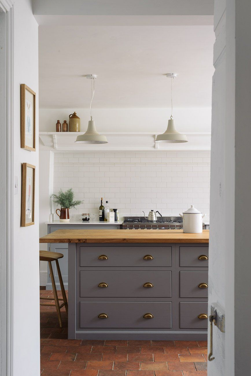 The Cheshire Townhouse Kitchen | deVOL Kitchens | Terra Cotta Tiled ...