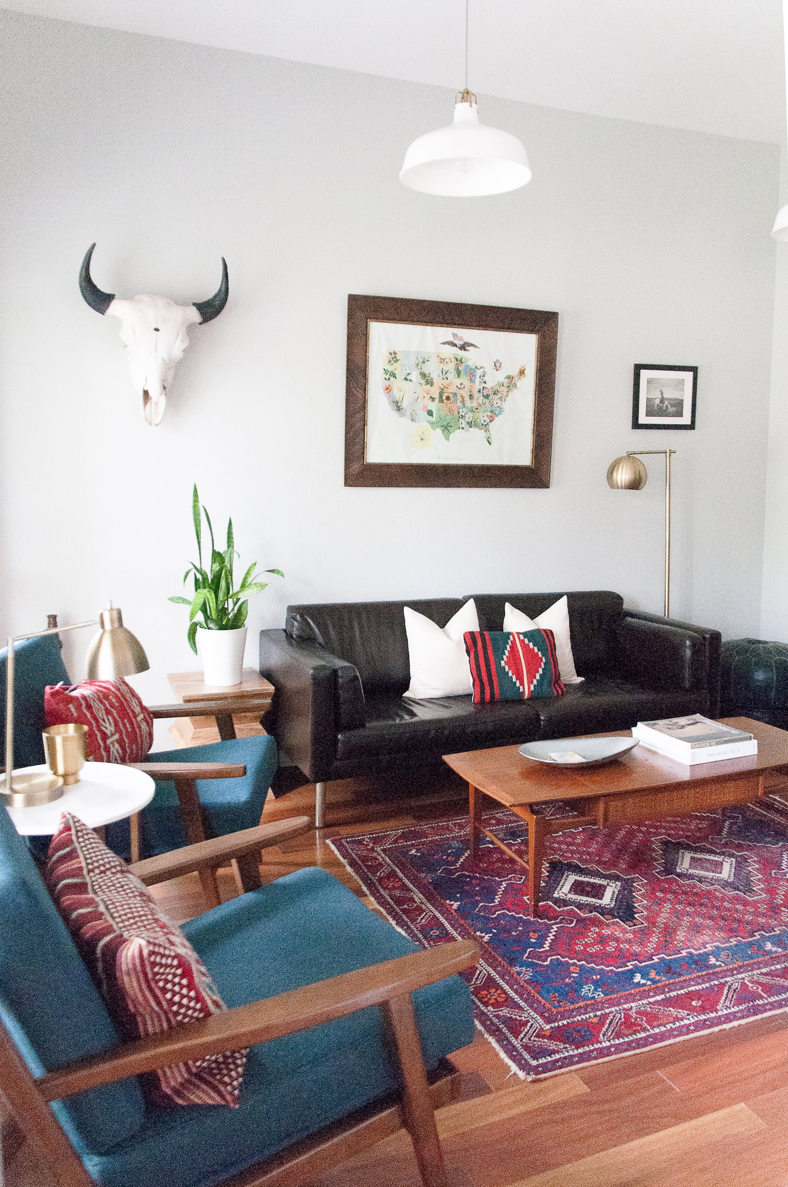 """Modern Classic Living Room Interior Design: A """"New Traditional"""" Home In The Suburbs"""