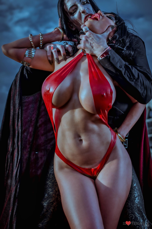 Vampire women nude pics