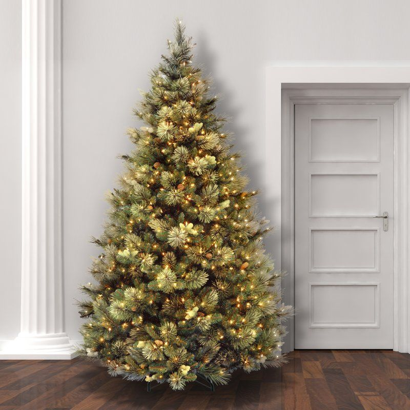 Green Pine Trees Artificial Christmas Tree with 650 Clear/White