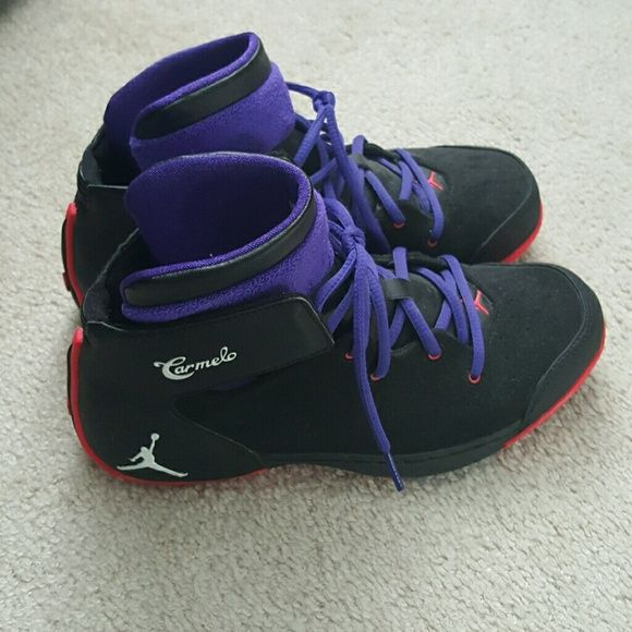 e673fe3994a Carmelo Anthony Jordans Black with red and purple accent colors. Good  condition. These shoes are super rare    Very comfortable. Size 5.5Y so  they fit 6.5-7 ...